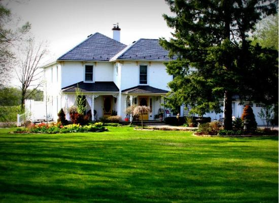 Daisy Hill Bed and Breakfast exterior